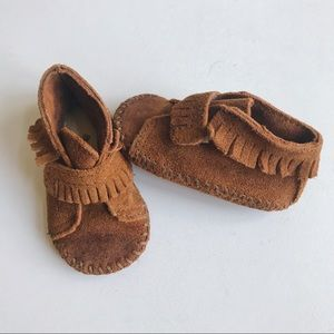 Minnetonka Leather Baby Moccasins